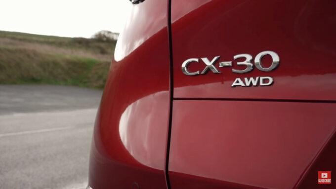 マツダCX-30 AWD