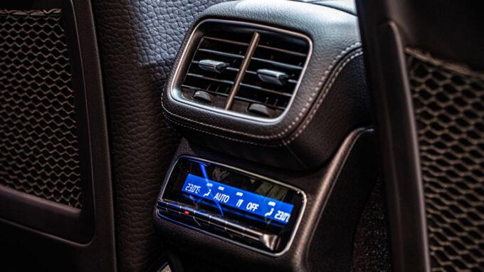 メルセデス・ベンツ GLE 450|リアシートの空調