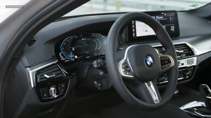 NEW BMW 5シリーズ(PHV)|インテリア