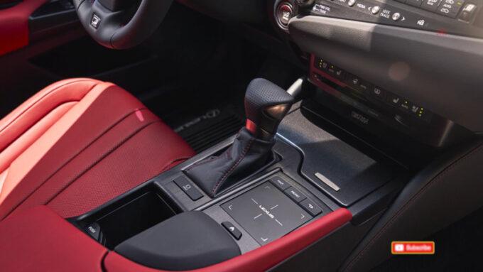 レクサス ES250 AWD Fスポーツ|シフトノブとコントローラー