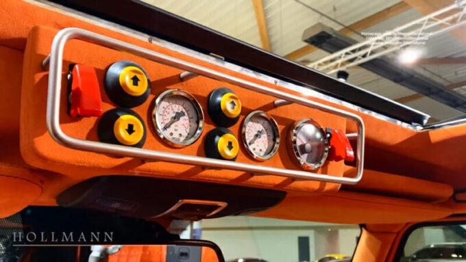 メルセデス・ベンツ G63 AMG ブラバス700|計器