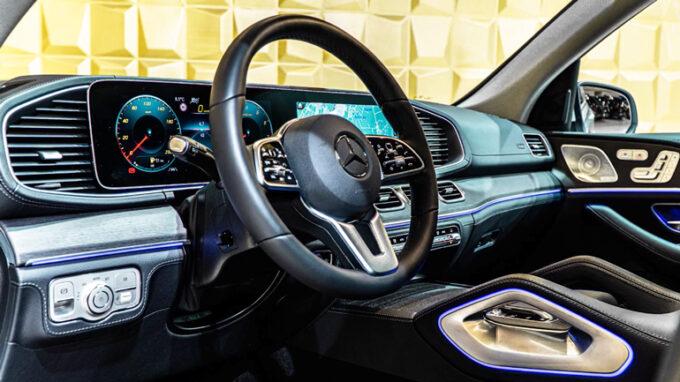 メルセデス・ベンツ GLE 450|運転席