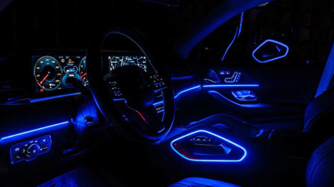 メルセデス・ベンツ GLE 450|アンビエントライト