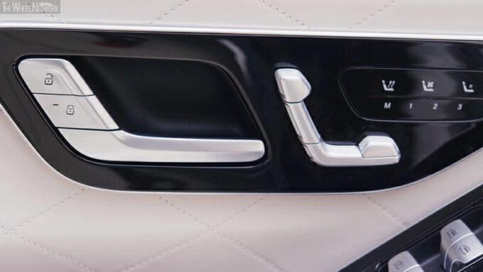 メルセデス・ベンツ 新型Sクラス(PHEV)ドアトリムのボタン類