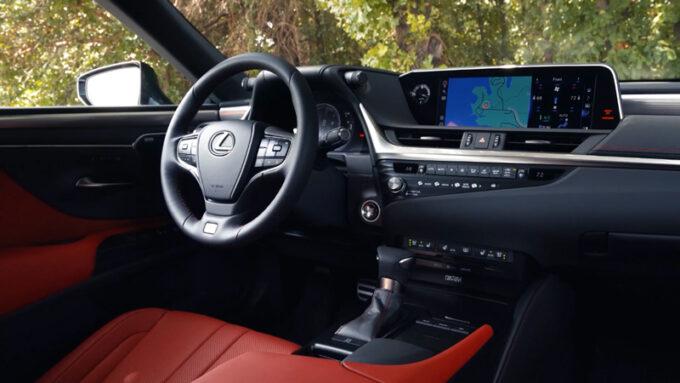 レクサス ES250 AWD Fスポーツ|コックピット