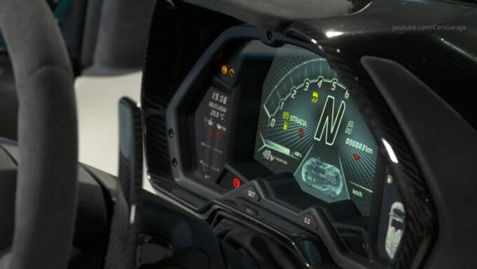 ランボルギーニ・シアン・ロードスター|メーター