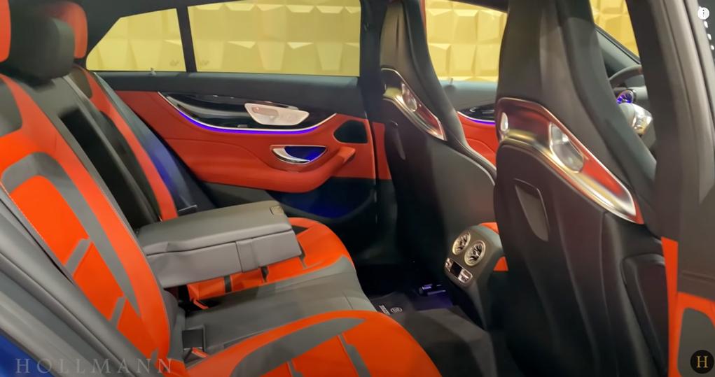 メルセデス・ベンツ GT 63S AMG 4M ブラバス800:後部座席