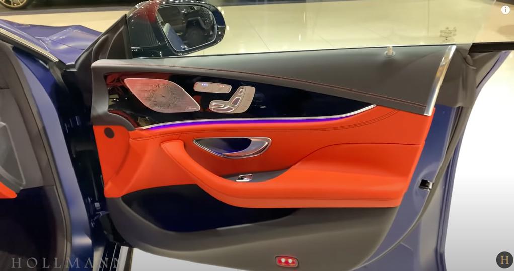 メルセデス・ベンツ GT 63S AMG 4M ブラバス800:運転席ドアトリム