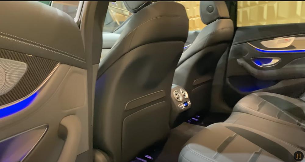 メルセデス・ベンツGT63 S AMG BRABUS:後部座席